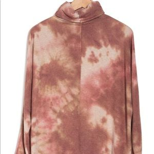 FINAL TOUCH Tie Dye Turtleneck Brushed Knit Top